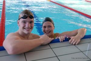 1.Andreas og Mina ved kanten. Foto Jan Arne Dammen